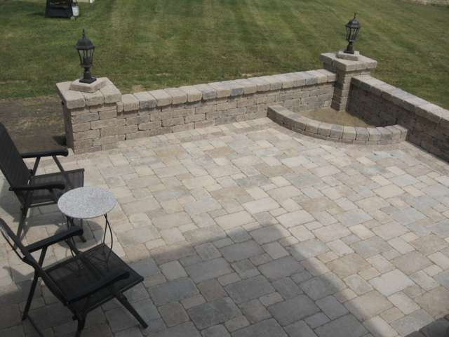 Delaware ohio paver patio contractors 614 406 5828 outdoor fireplaces delaware ohio - Paver designs for backyard ...
